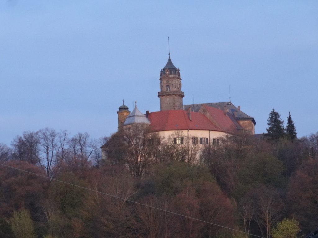 Blick auf Schloss Baldern (14)