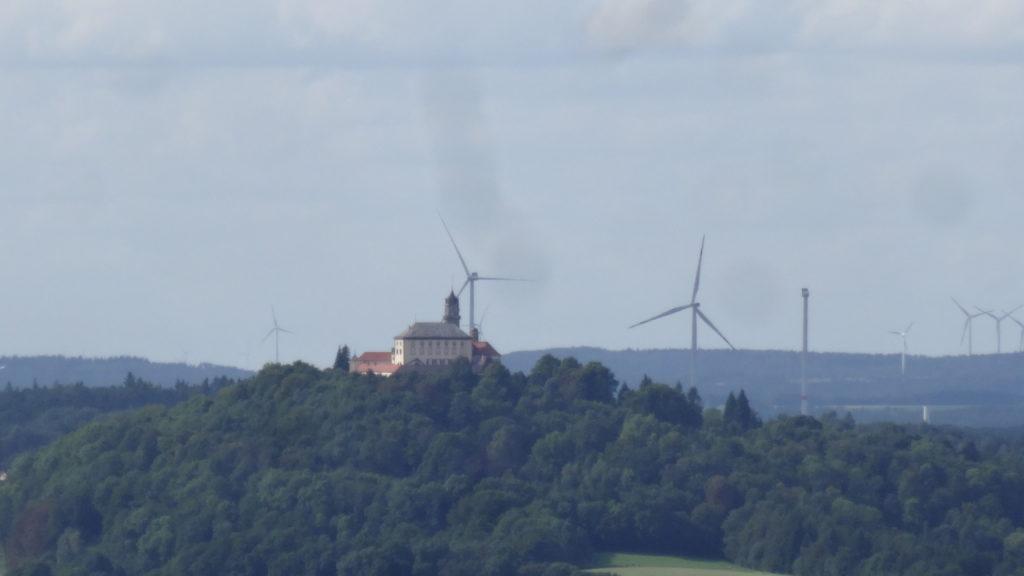 Blick auf Schloss Baldern (22)
