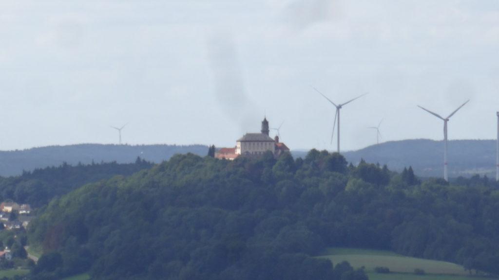 Blick auf Schloss Baldern (24)