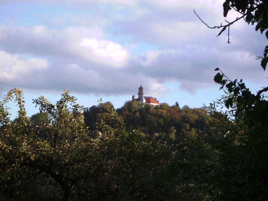 Blick aufs Schloss Baldern