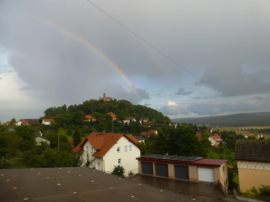 Blick auf Schloss Baldern (86)