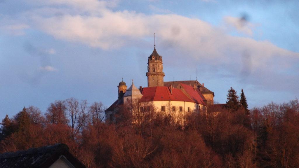 Blick auf Schloss Baldern (9)