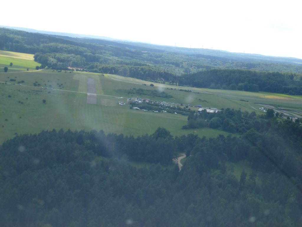 Flugplatz am Sandberg (12)-min