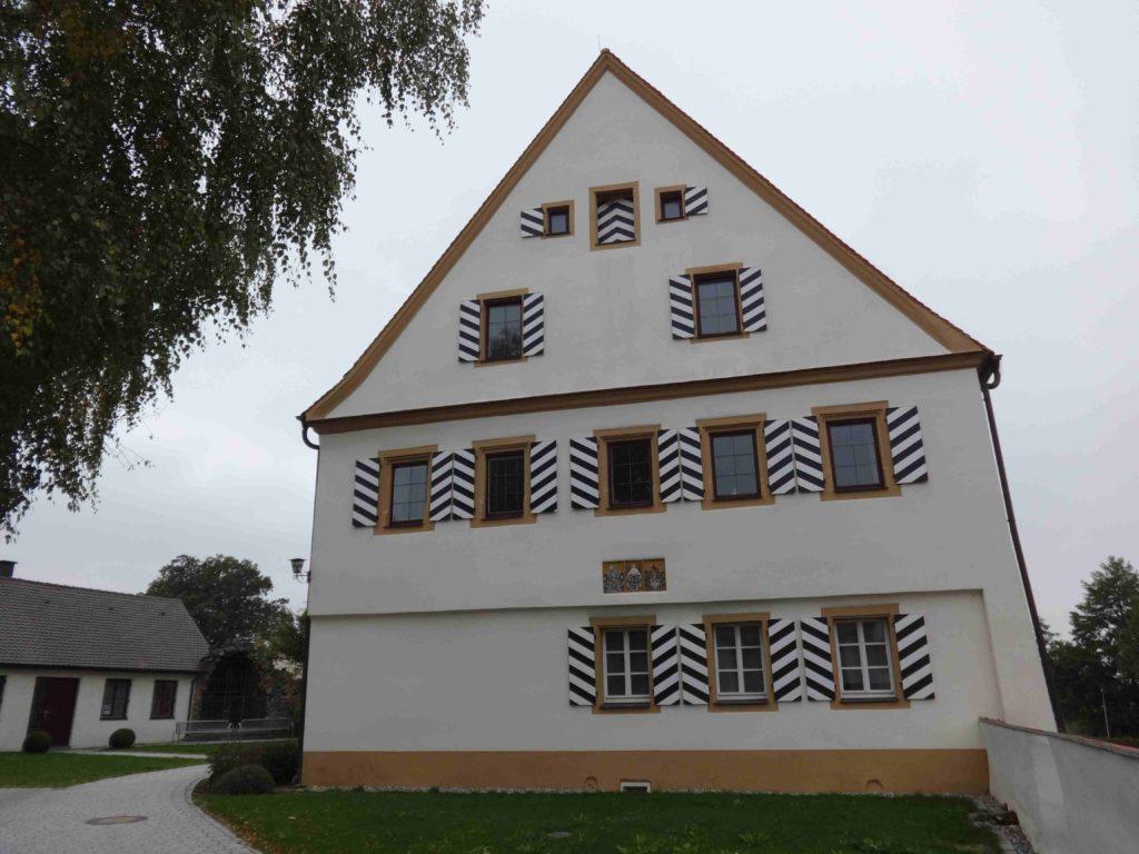 Rathaus Unterschneidheim (3)