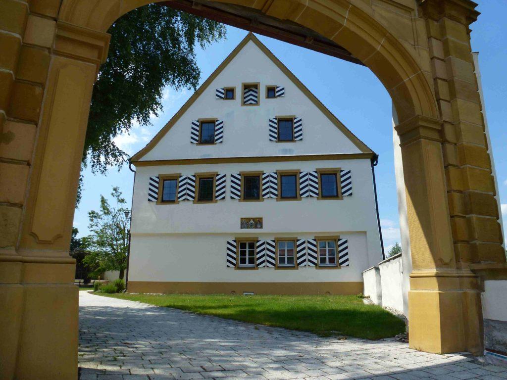 Rathaus Unterschneidheim (7)